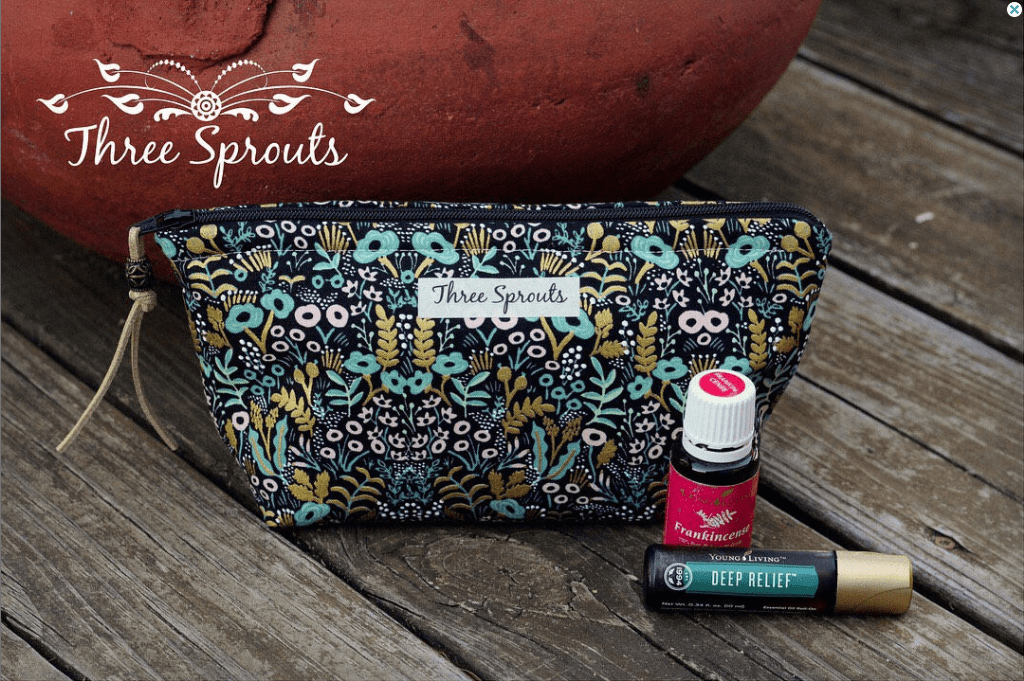 Essential oil bottle bag with 15ml and 10ml bottles of essential oils.